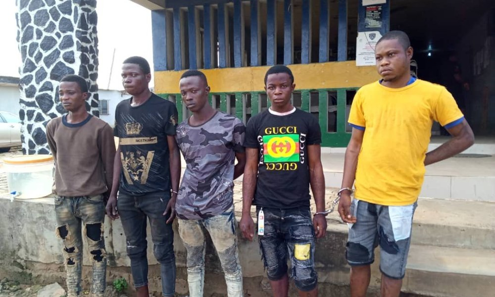 Police Arrests 5 Traffic Robbers