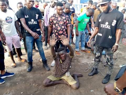 Traffic Robbers Caught In Lagos
