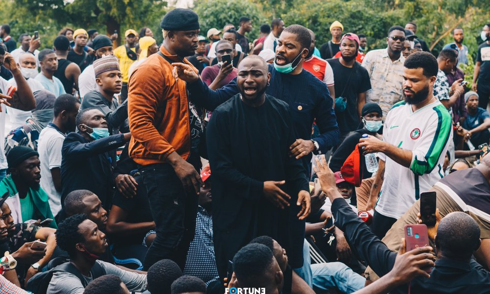 VIDEO: Drama As Davido Denies Joining Protest To #EndSARS