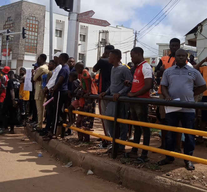 #EndSARS Protesters Block Major Roads In Ilorin (Photos)