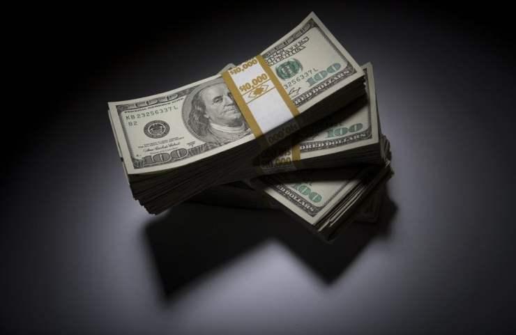 Naira Improves Slightly Against Dollar and Euro on Friday
