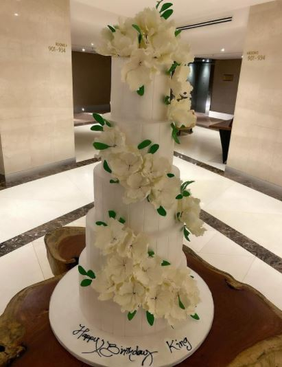 Tonto Dikeh Clocks 36 In Style, Shows Off Gigantic Cake To Mark Birthday  Photos