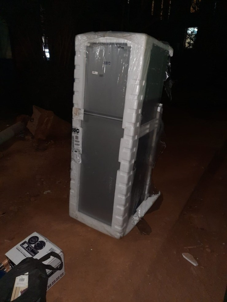 Two Policemen Arrested For Stealing Electronics, Others In Gauteng Unrest - [Photos]