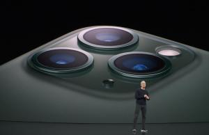 H/O: iPhone Pro Apple Launch Event