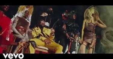 Davido ft. Wurld, Naira Marley, Zlatan - Sweet in the Middle Video