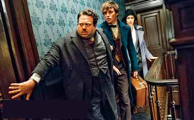 OMG! Johnny Depp Just Joined Fantastic Beasts 2