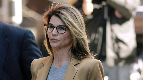 US: Actress Lori Loughlin to college admissions scam