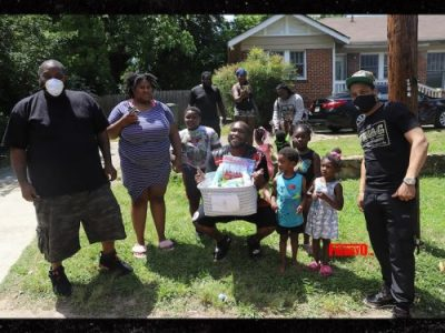 T.I. and KILLER MIKE give our hundreds of free meals to needy Atlanta Neighbours