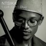 Ntsika – Siyakudumisa Bawo ft. Lebo Sekgobela