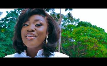 Emelia Brobbey - Fa Me Kor (Remix) Ft. Prince Bright Mp3 Audio Download