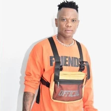 ACHIM - Zithobe Ft. Rethabile Khumalo, Zama Radebe, Morumba
