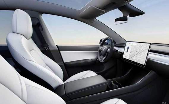 Tesla to Soon Get Netflix, YouTube Streaming Support: Elon Musk 38
