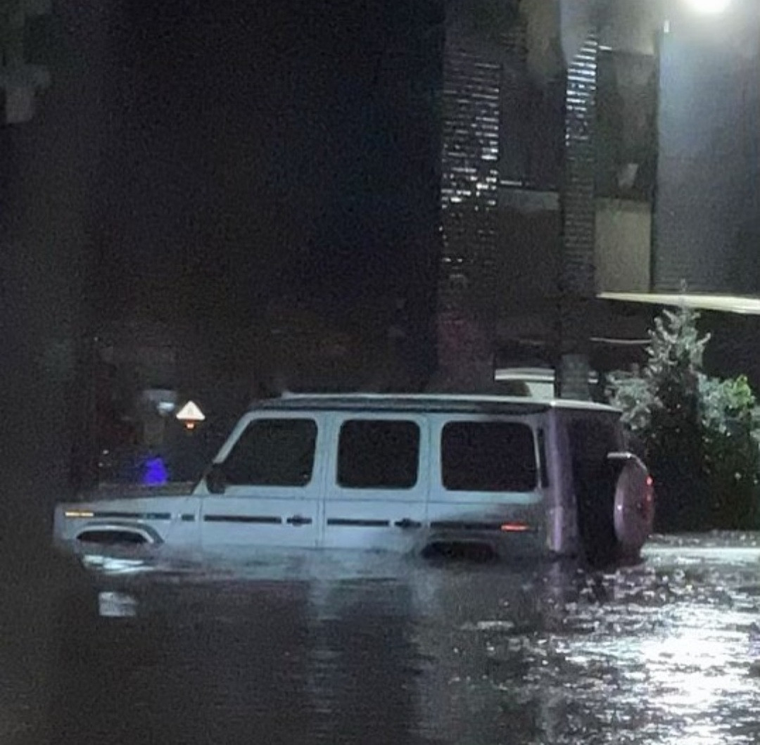 """6131347376004 - """"Is the world coming to an end?"""" 50 Cent shares photos of his G-wagon submerged in water after flood overwhelms New York"""