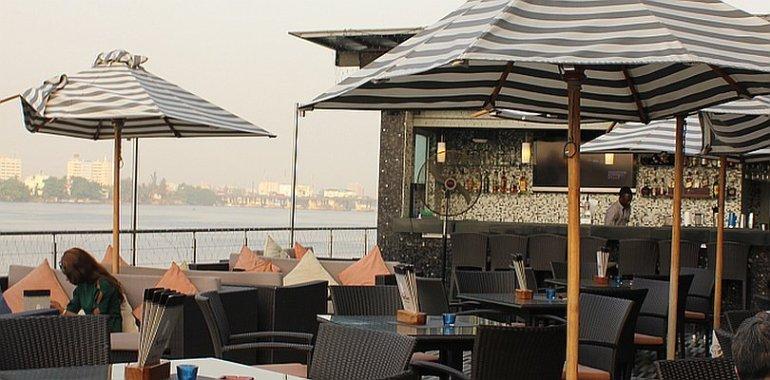 Surface-Bar-Lagos