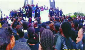 State workers protest in Owerri, the Imo State capital