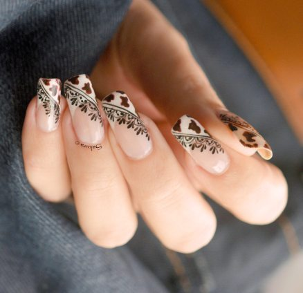 NAIL ART COW GIRL 2