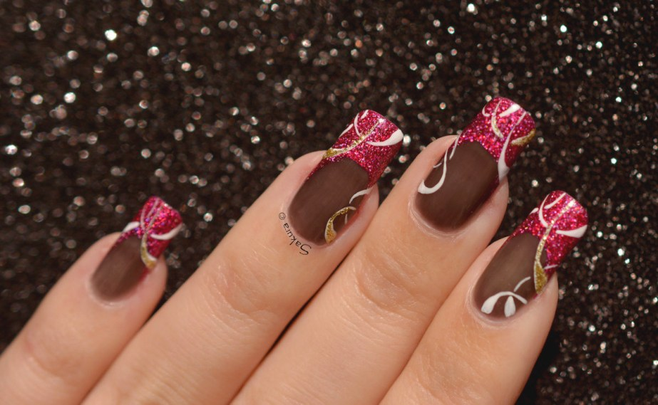 NAIL ART FRENCH CERCLES