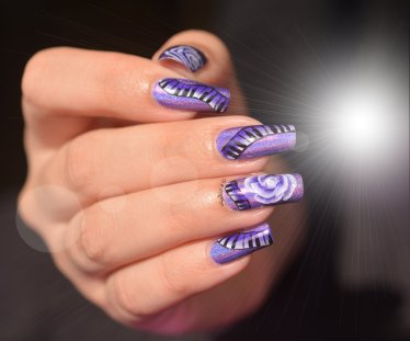 NAIL ART ONE STROKE MUSIQUE 2