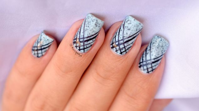 NAIL ART STAMPING STRIE 5