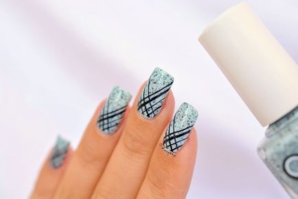 NAIL ART STAMPING STRIE 8