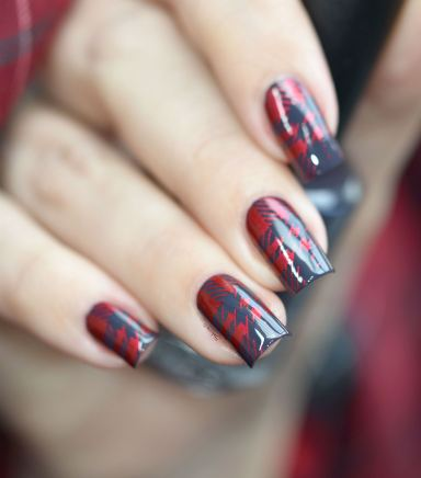 NAIL ART PLAID ROUGE