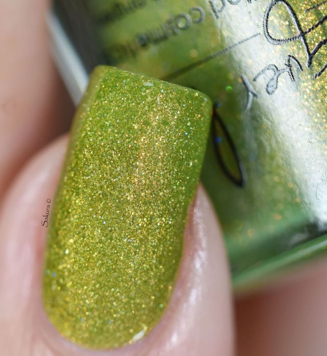 LACQUER LUST LADY LUCK 5