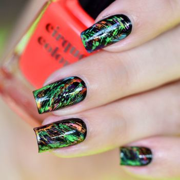 NAIL ART GRAFFITIS FLUOS
