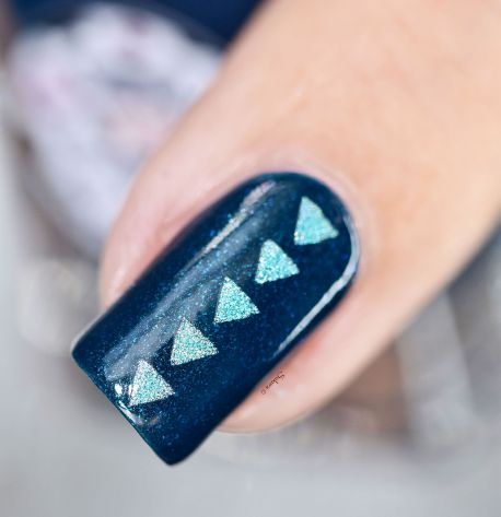 NAIL ART TRIANGLES 7