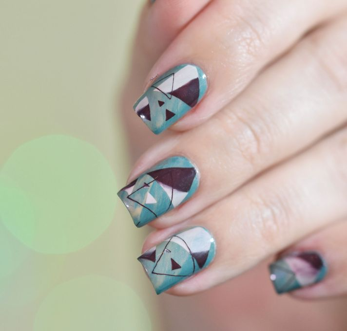 NAIL ART TRIANGLES COSY 4