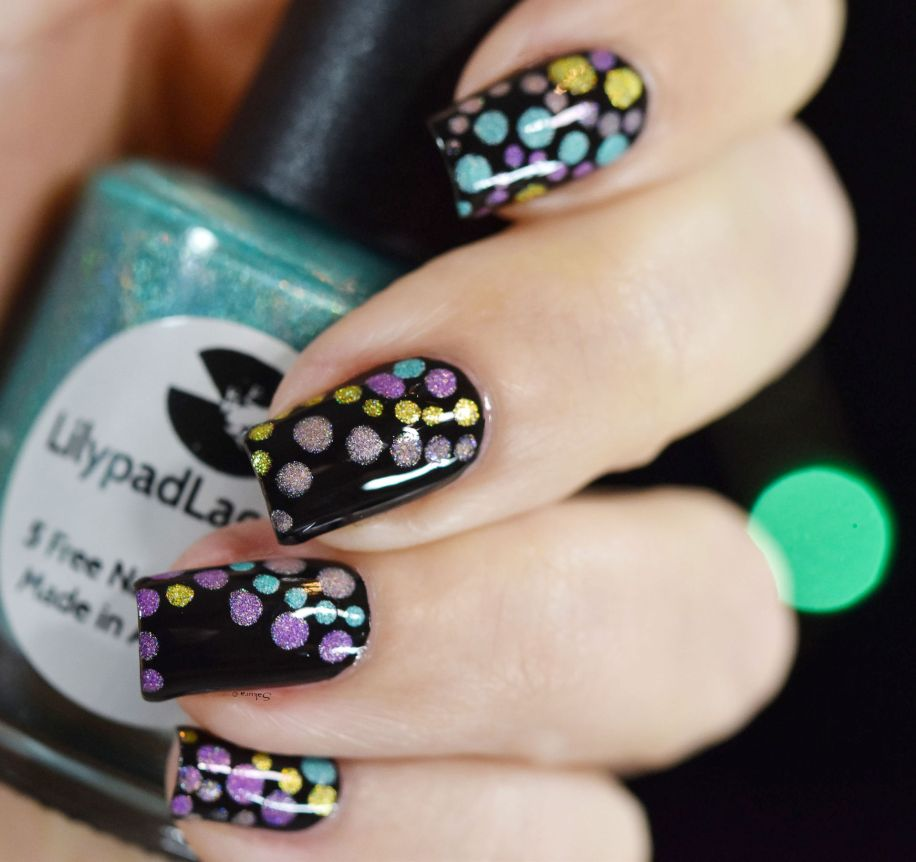 NAIL ART HOLO BUBBLES