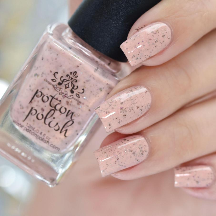 POTION POLISH FEET IN THE SAND 7