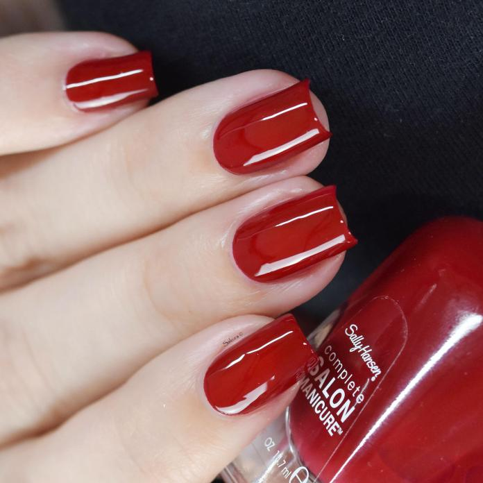 SALLY HANSEN RED HANDED 3