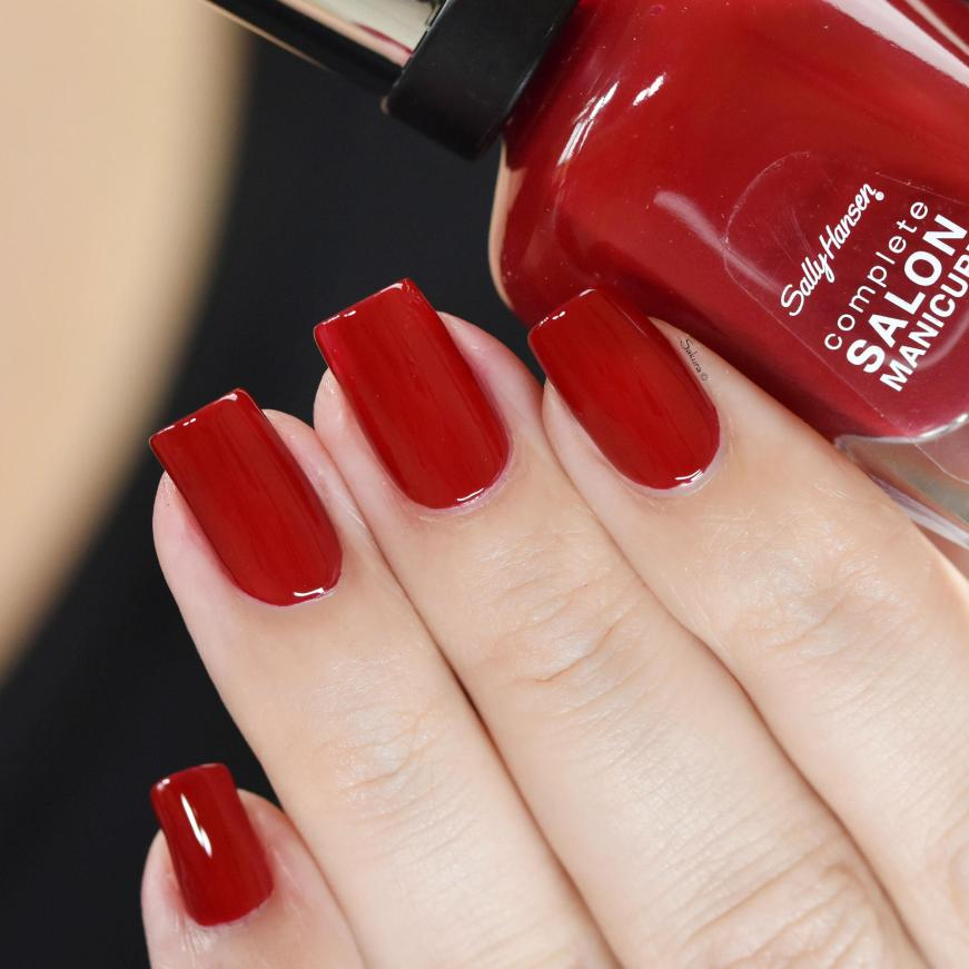 SALLY HANSEN RED HANDED