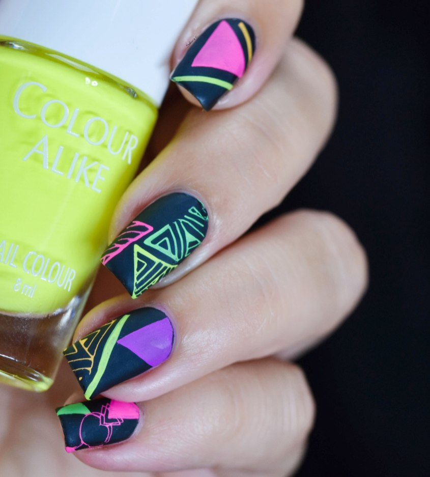NAIL ART GRAFFITIS FLUO