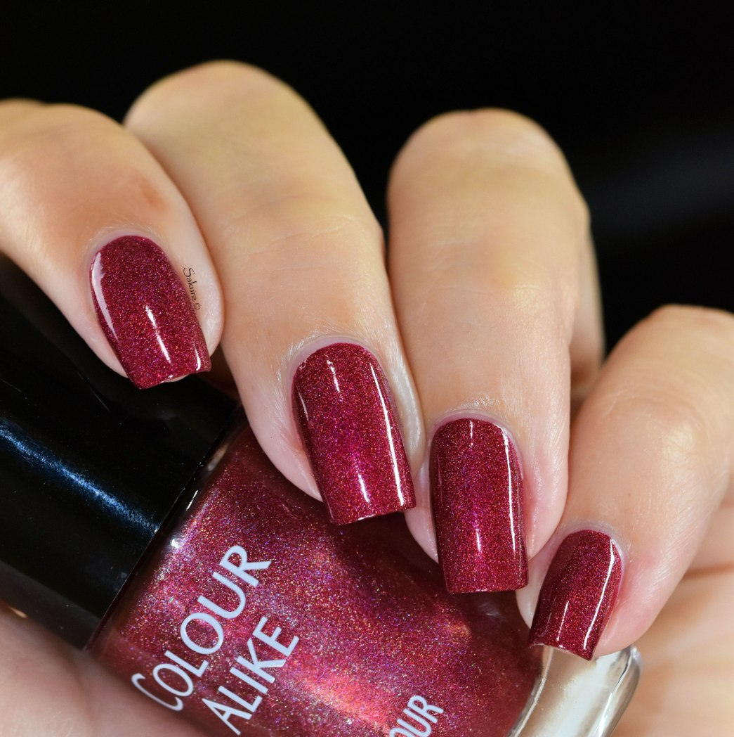 COLOUR ALIKE RED PEAR H 4 7