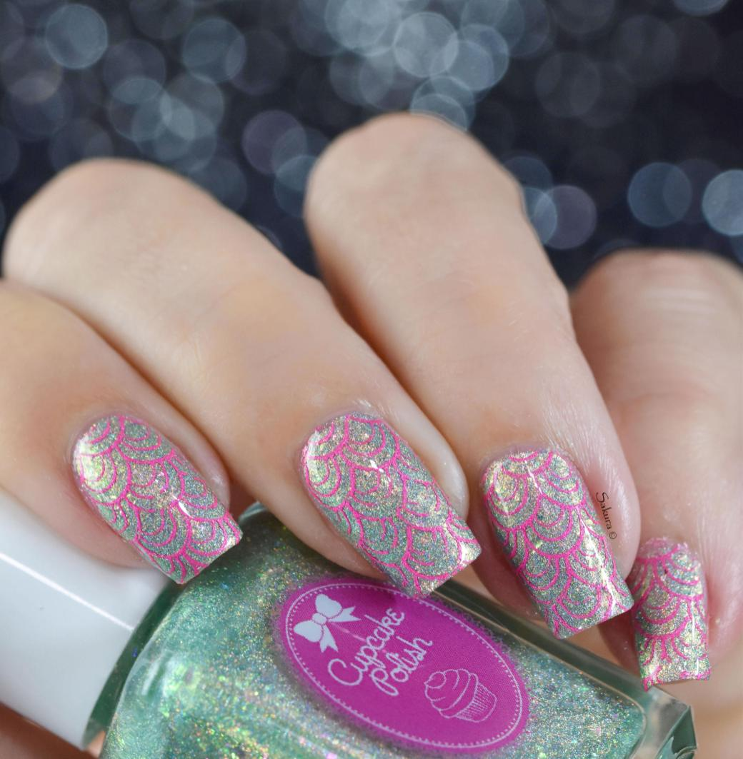 NAIL ART PINK MERMAID