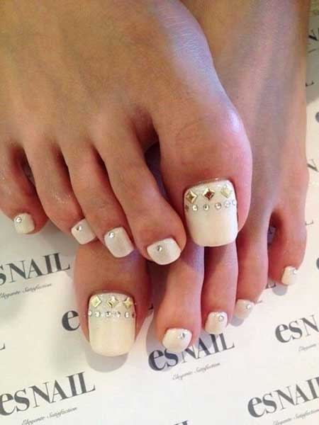 15 Toe Nail Designs For Summer 2017051119