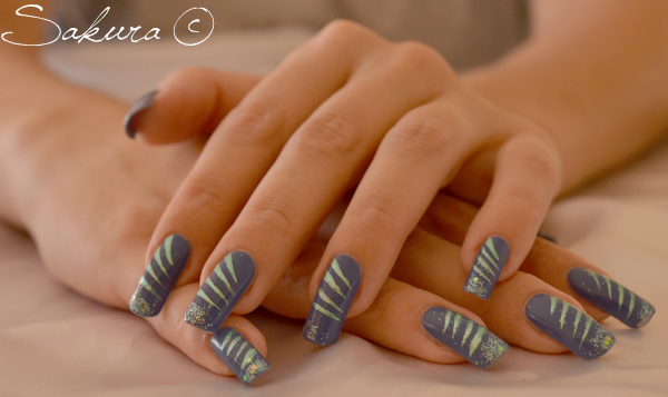 Nail Art facile Bleu 1