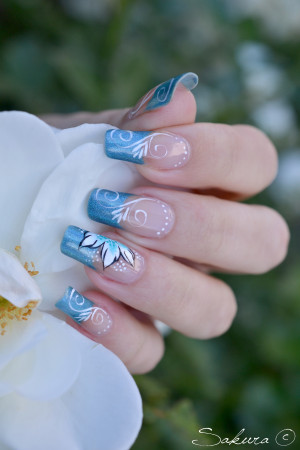 NAIL ART HOLOGRAPHIQUE ARABESQUE ONE STROKE