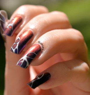 NAIL ART ABSTRAIT 5