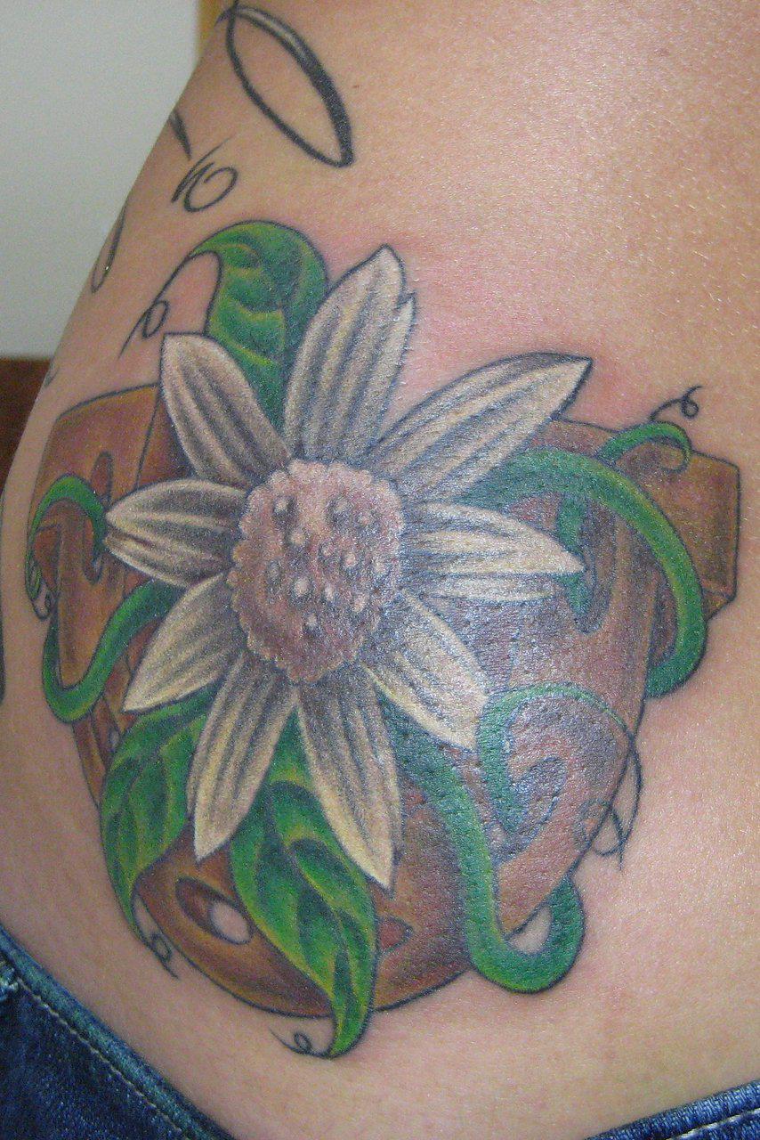 Bleeding Heart Flower Tattoo Designs Kayaflower Co