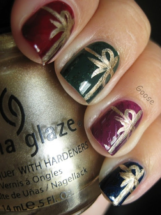 Colorful glazy Christmas nail art