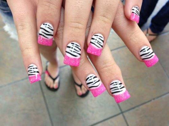 Zebra Nail Art