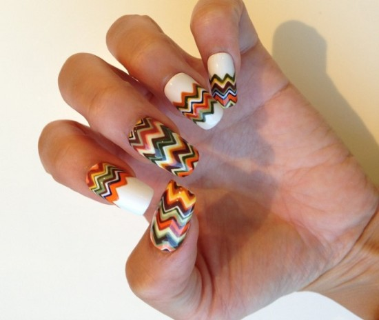 Mesmerizing Chevron Nails