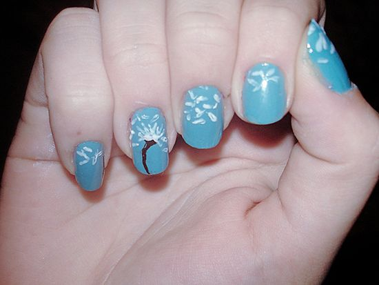 Dandelion Nails