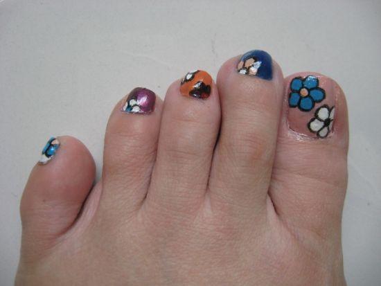 Simple Fl Toe Nail Design