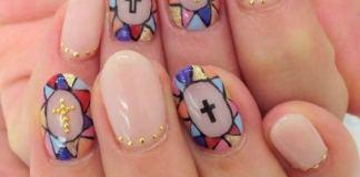 Lovely Gold Cross On Mosaic Nail Art
