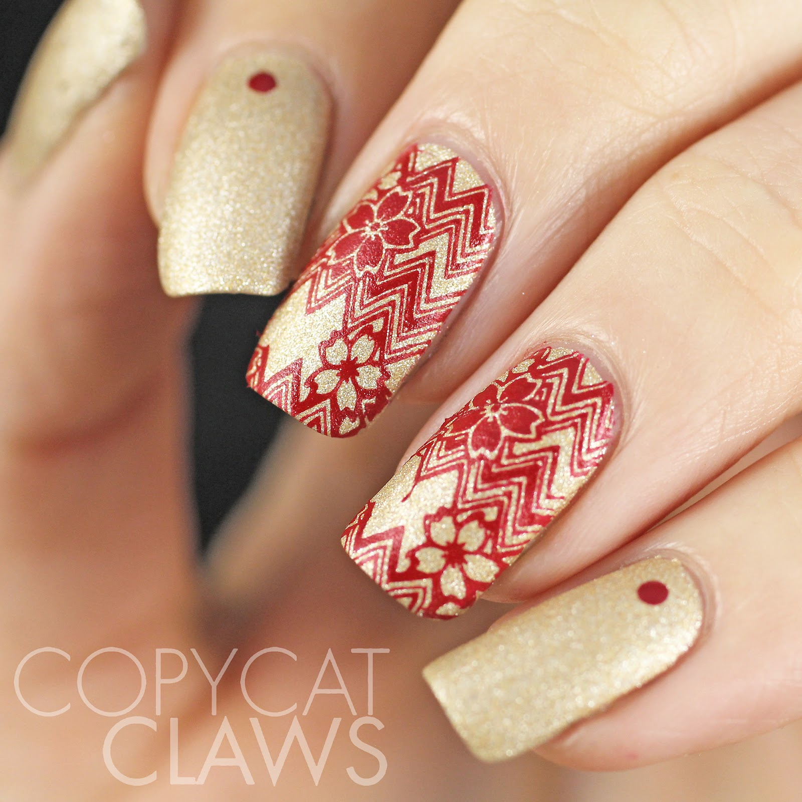 30red Nail Art In Gold Nails