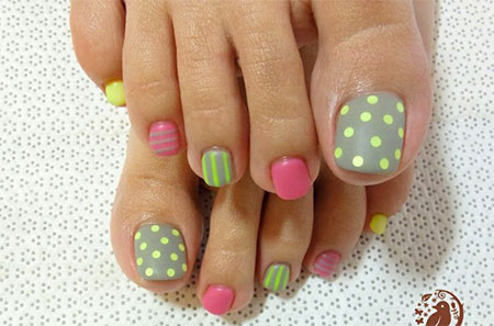 Nail Art Toes Simple Designs