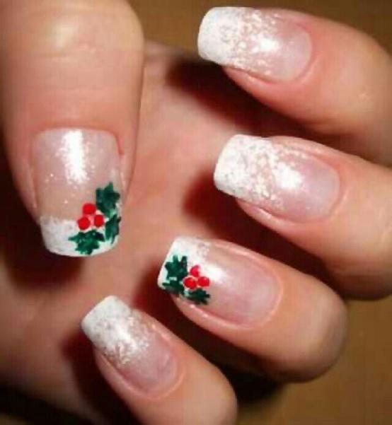 Easy Christmas Tree Nail Design